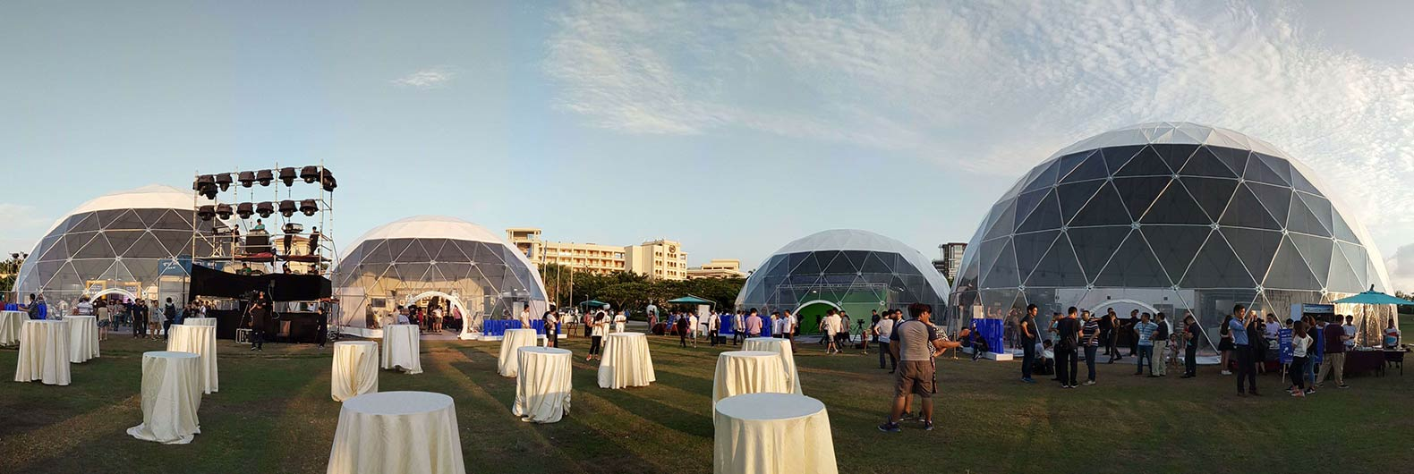 cúpula domo geodésica y carpas para bodas eventos fiestas exposición seminario conferencia Tienda de minería y almacén glamping hotel domo (2)